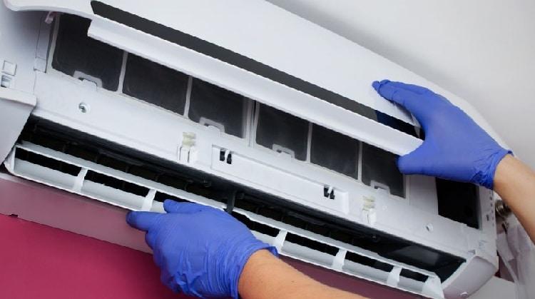Hướng dẫn tự vệ sinh máy lạnh điều hòa của mình tại tphcm