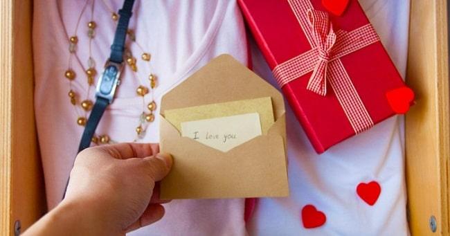 30 món quà sinh nhật cho bạn nam đáng yêu và ý nghĩa nhất