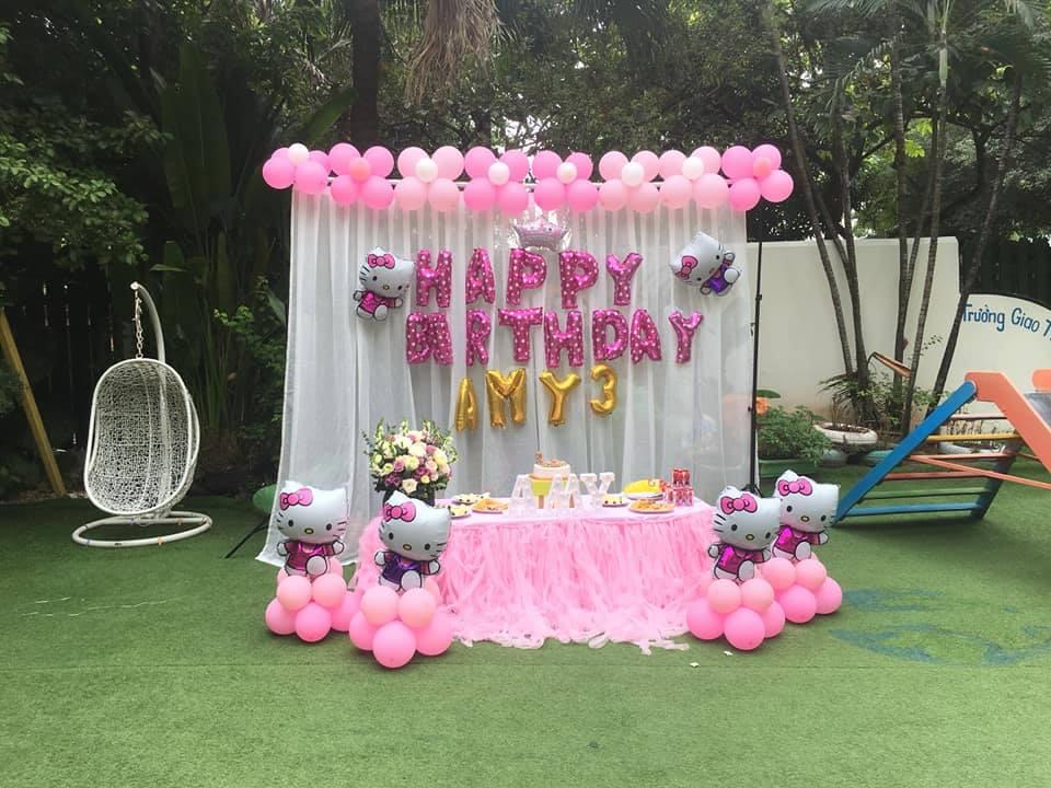 Không gian sinh nhật cho bé ngoài trời