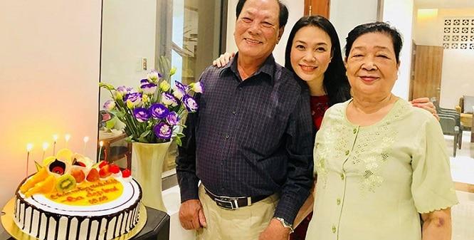 Tổ chức một buổi tiệc sinh nhật cho bố
