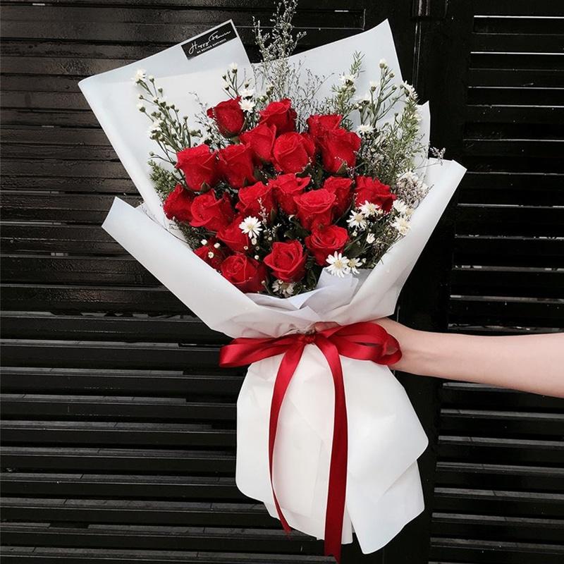 Một bó hoa tươi là món quà sinh nhật ý nghĩa