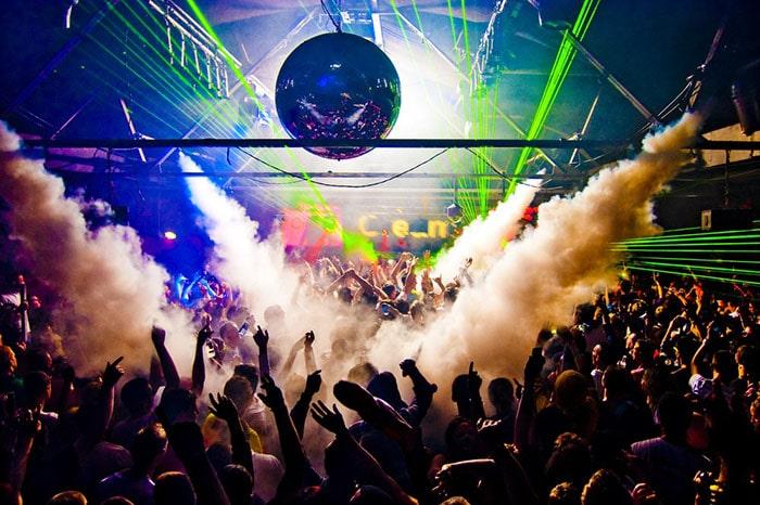 Prom Bar club night