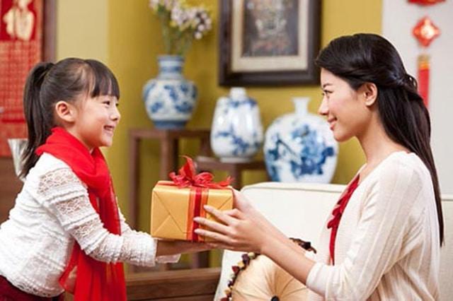 Top quà sinh nhật cho bé gái 7 tuổi dễ thương nhất