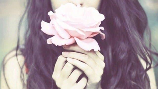 Lời nói dối ngọt ngào là Làm handmade tặng bạn gái là cách tạo bất ngờ cho bạn gái khá hay
