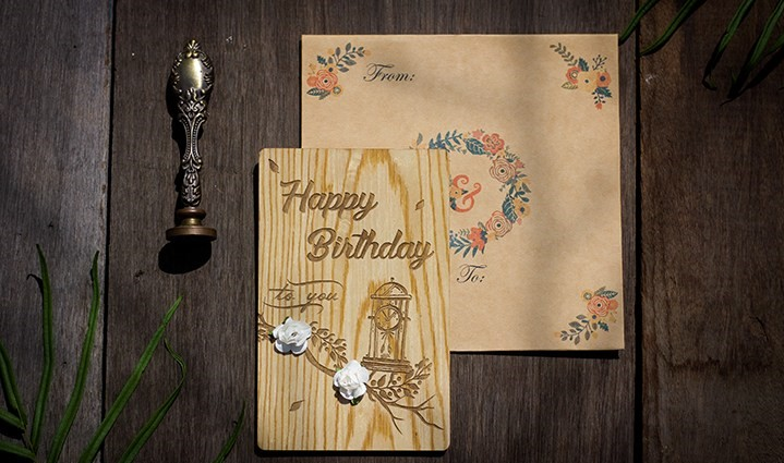 Thiệp gỗ chức mừng sinh nhật